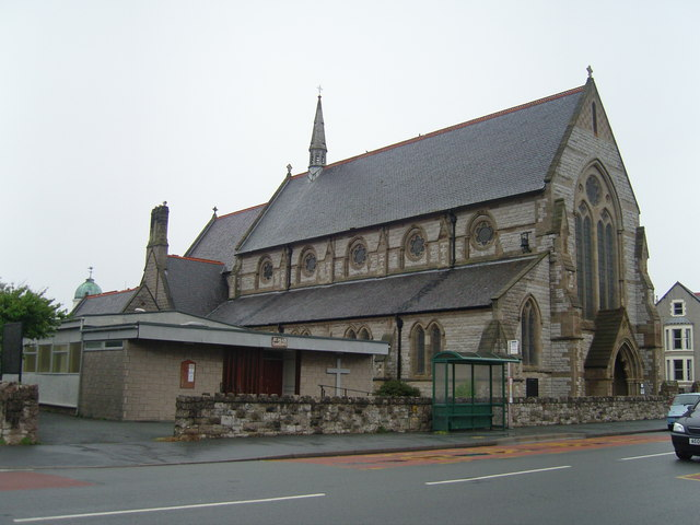 St. Pauls Church, Mostyn Broadway