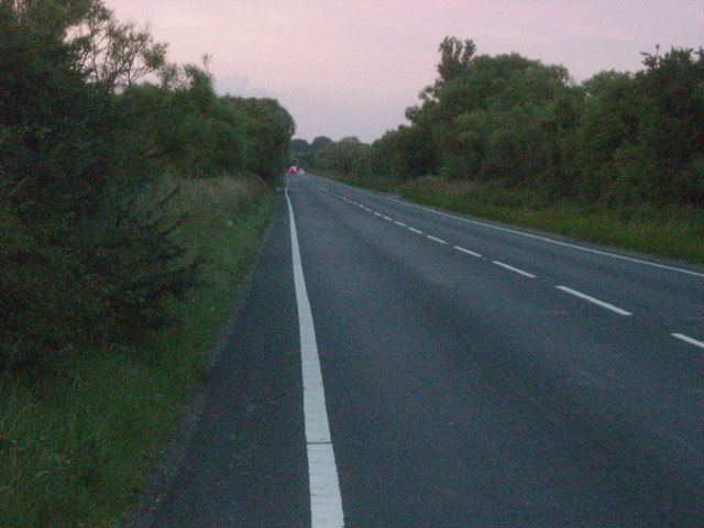 A259 eastwards, Wallers Haven