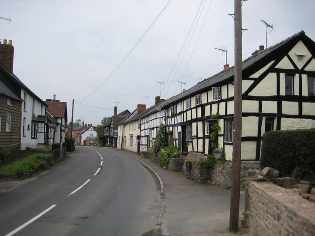 Pembridge main street