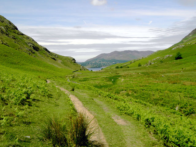 Path through Rannerdale