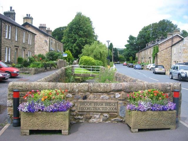 Waddington Village Paul Anderson cc-by-sa/2.0 :: Geographwaddington village