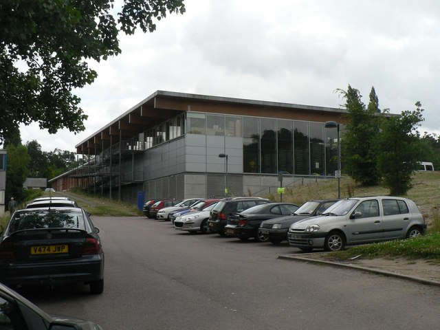 Stanmore Aspire Centre Chris Downer Cc By Sa 2 0 Geograph Britain And Ireland
