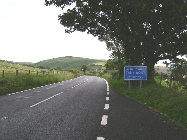 Roadsign, approaching Tal-y-bont
