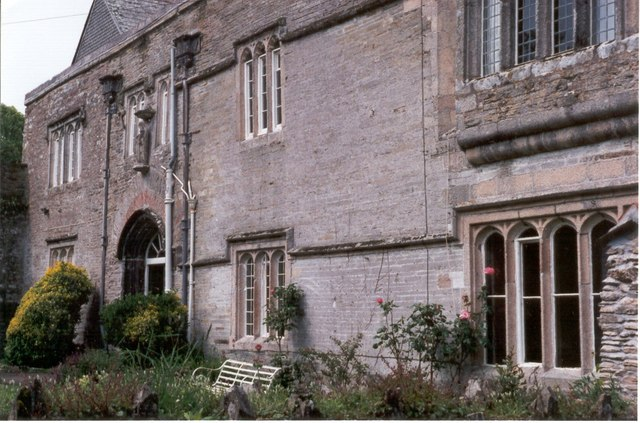 The Manor House, St Mawgan (Lanherne) and its history
