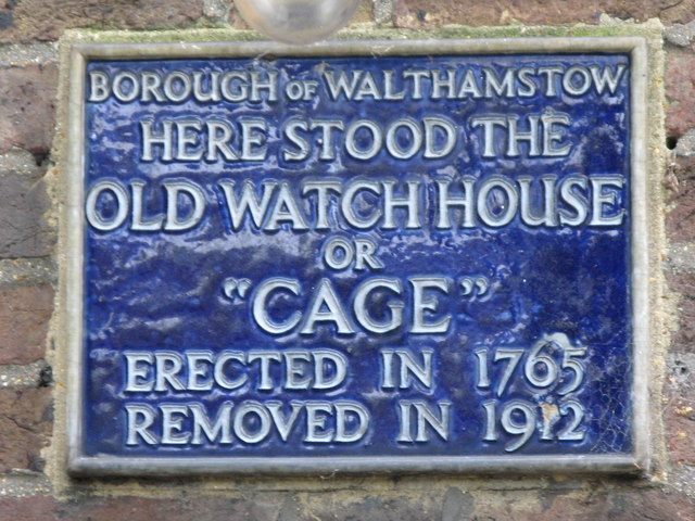 "Blue plaque № 9629 - Here stood the Old Watch House or ""Cage"". Erected in 1765. Removed in 1912"