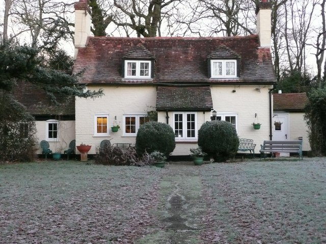 Huntbourne Cottage in the frost