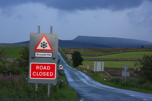 Snow Closure sign by the junction of the A685 and A693