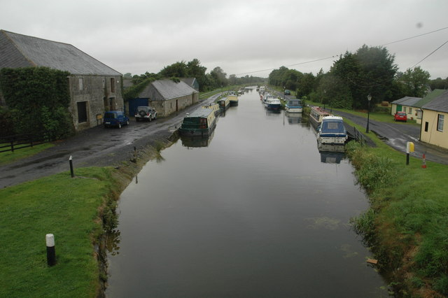 Vickarstown wharf, Barrow Line of the Grand Canal