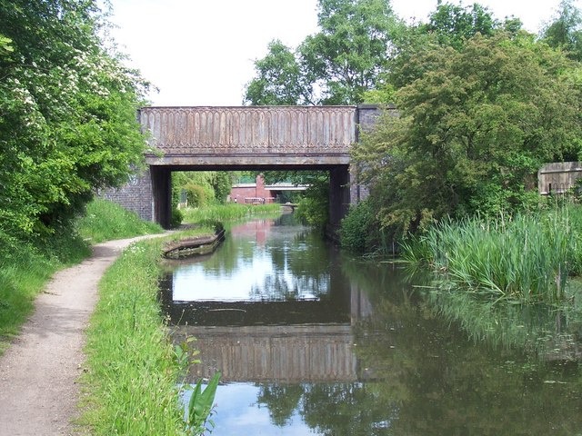 Railway Bridge - Wyrley & Essington Canal