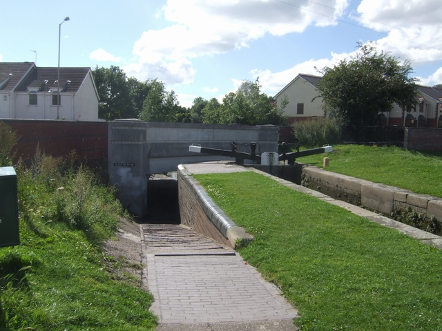 Dudley No 1 Canal - Black Delph Bridge