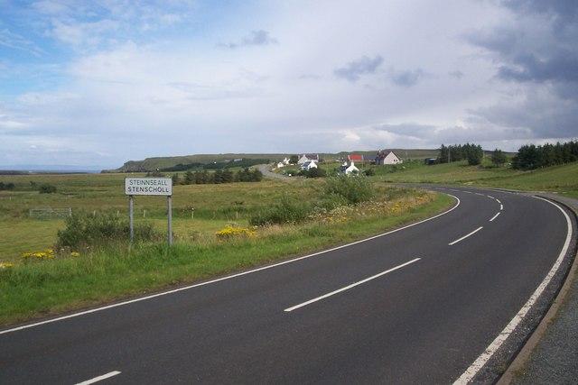 Towards Stenscholl from Brogaig