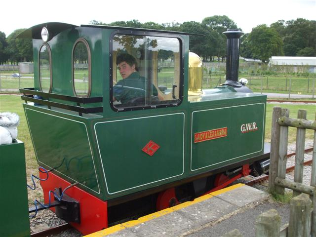 Woburn safari park miniature train kenneth allen cc for Woburn showcase