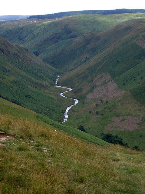 v shaped valley - photo #12