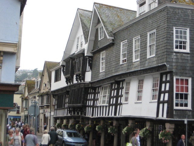 Old buildings of Dartmouth