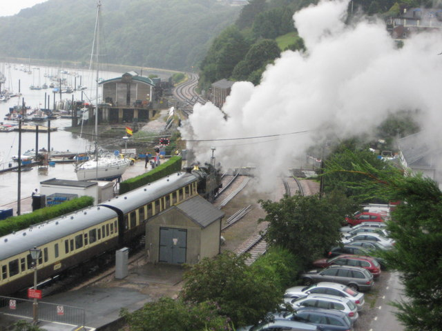 The Great Western leaving Kingswear