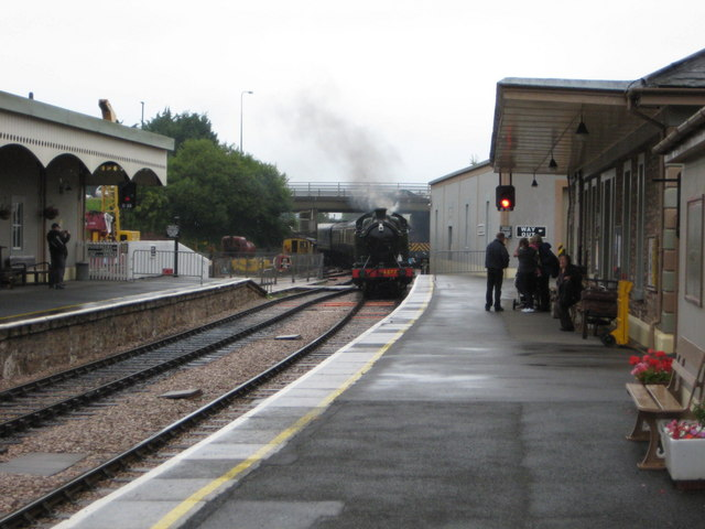 The Great Western arriving at Churston Station