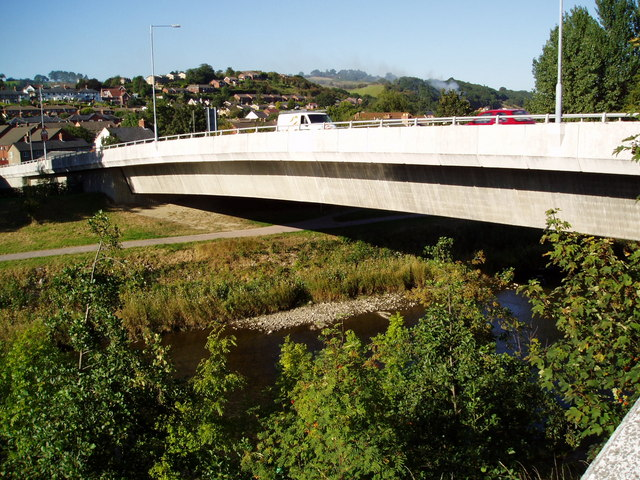 River Severn, Newtown bypass road bridge