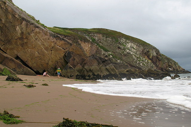 Minard East Strand and the sandstone cliffs