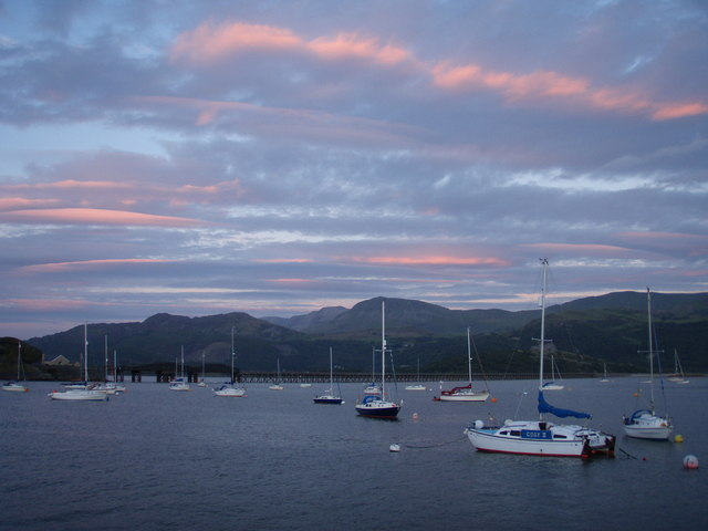 Barmouth harbour at dusk