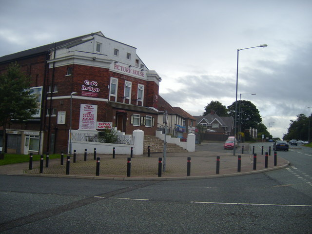 Billingham Old Picture House 169 Ian Barton Geograph