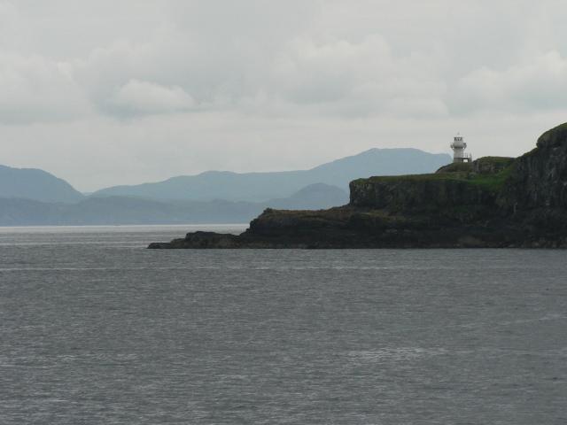 Eilean Chathastail: lighthouse