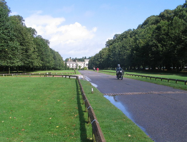 Coombe Abbey Park >> The drive, Coombe Park © E Gammie :: Geograph Britain and Ireland