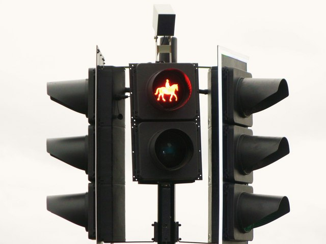 Equine traffic signal, Tattenham Corner
