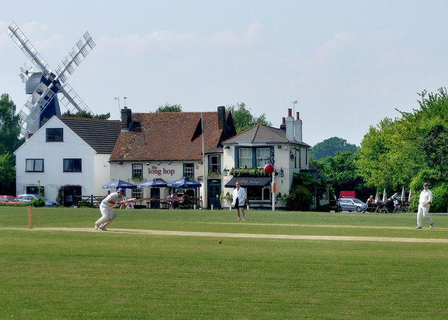 Cricket on Meopham Green