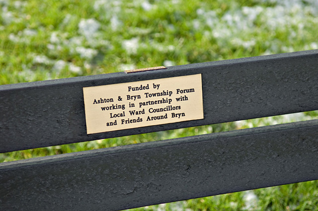 Bench Plaque Dave Green Cc By Sa 2 0 Geograph Britain And Ireland