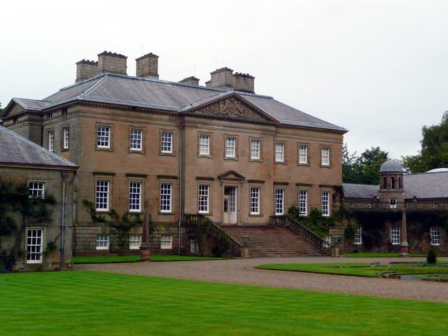 Dumfries House Frontage 169 Gordon Brown Cc By Sa 2 0