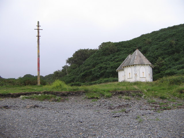 Old Cable houses at the head of Port Kale