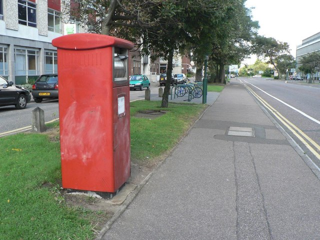 Bournemouth: postbox № BH1 502, Christchurch Road