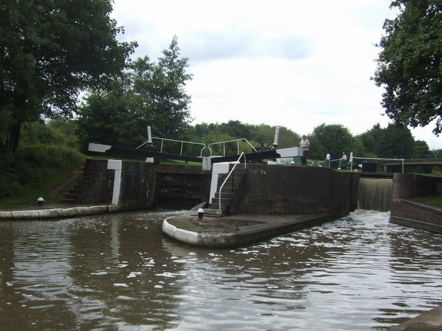 Grand Union Canal - Lock No 26 - Hatton Bottom Lock