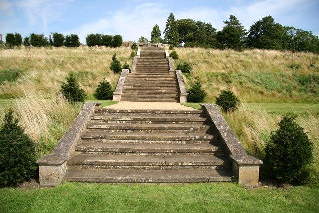 Easton hall terrace steps richard croft cc by sa 2 0 for Terrace steps