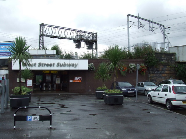 West Street subway station