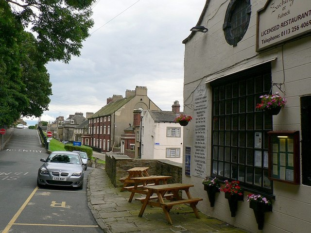 SE2231 : Zachary's restaurant and Fulneck School