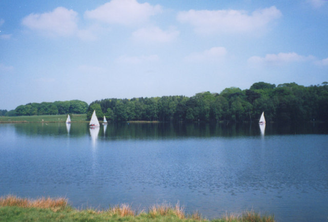 Yachting at Tatton Mere