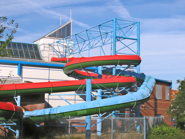 Sedgemoor Splash Leisure Pool Ken Grainger Cc By Sa 2 0 Geograph Britain And Ireland