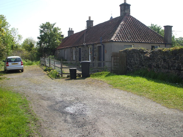 Cottages at Largo Place near Upper Largo