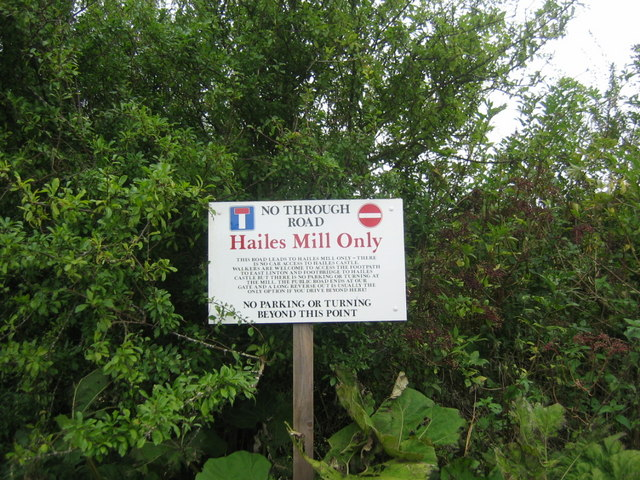Hailes Mill - No parking or turning