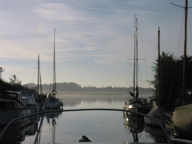 Leaving Hickling Staithe in the early morning mist