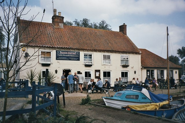 Hickling Broad, Pleasure Boat Inn