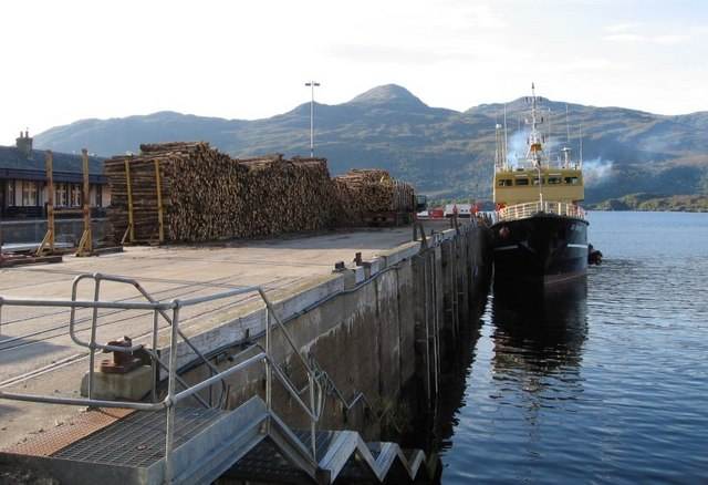 Kyle of Lochalsh Harbour - Timber stacked prior to loading