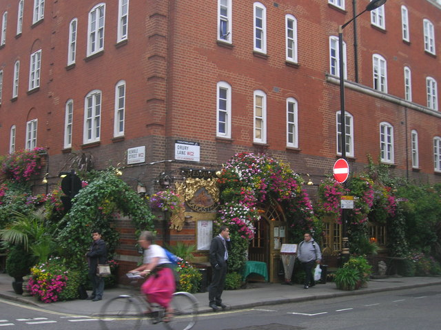 Sarastro, Drury Lane WC2