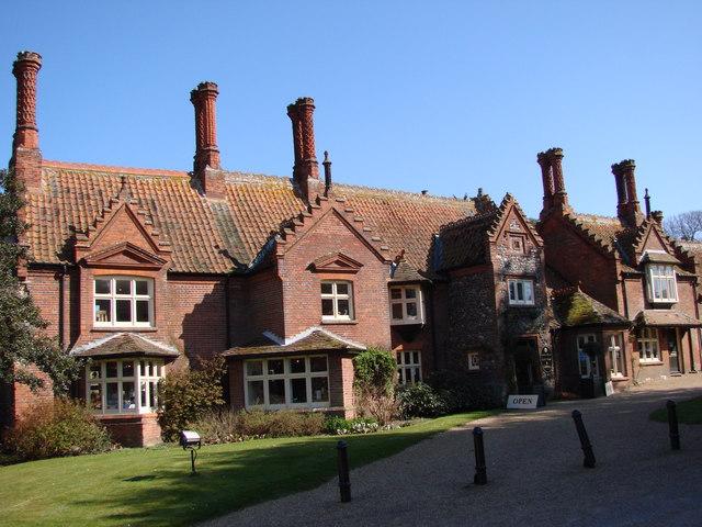 Holkham model village
