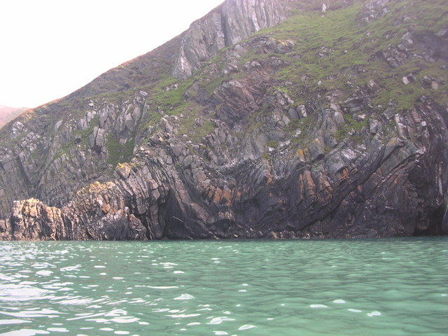 Contorted sedimentary layering at Dinas Head