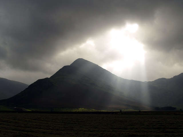 Sunbeams on Fleetwith Pike