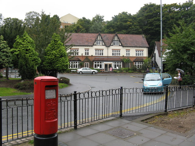 Sutton Coldfield - Buildings at the Birmingham Road roundabout