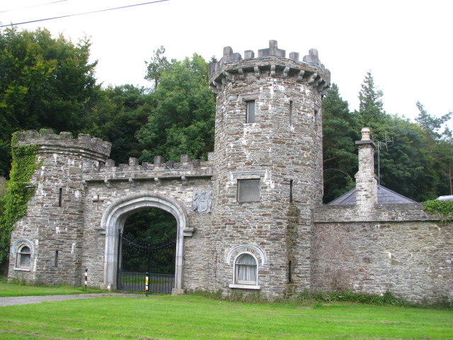 Gate lodge