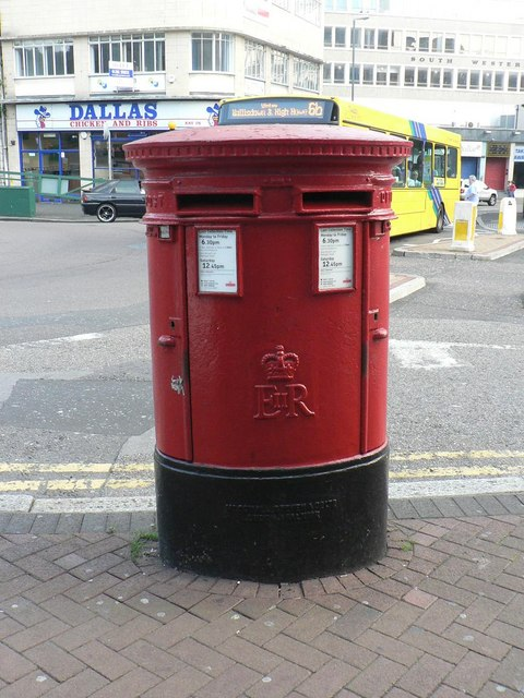Bournemouth: postbox &#8470; BH1 21, Old Christchurch Road